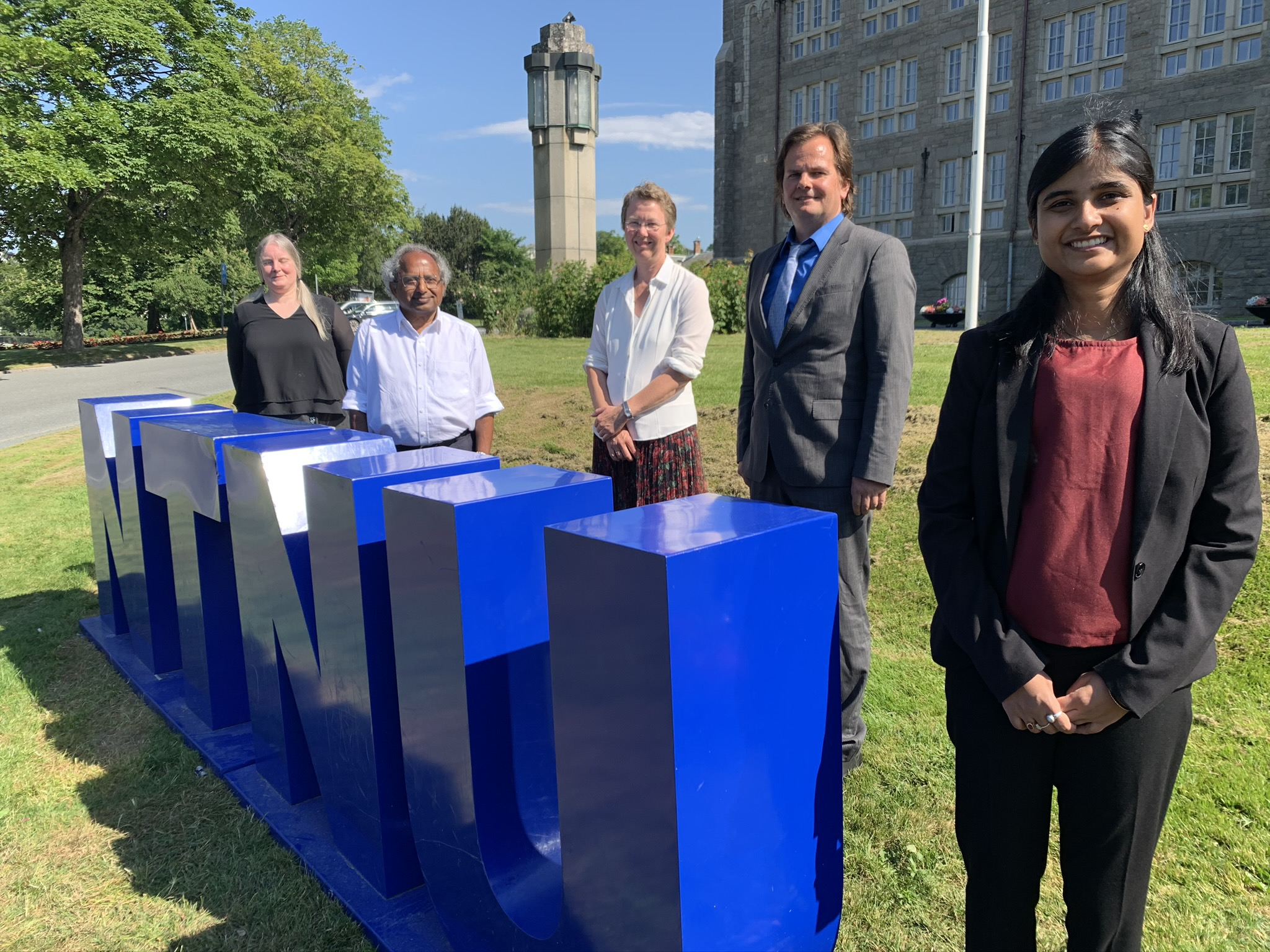Priyanka Dhar defended her thesis for the PhD degree
